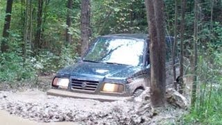 Download Suzuki Sidekick on muddy trails @ Southington Offroad, OH Video