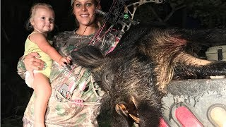 Download How to Cape and Quarter a Massive Wild Boar! Deer Meat For Dinner! Video