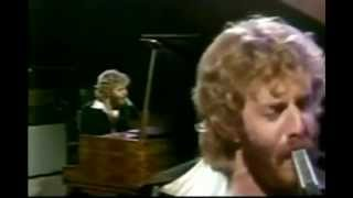 Download Lonely Boy - Andrew Gold Video