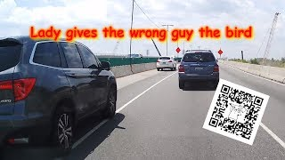 Download Driver gives the wrong guy the finger lol (dash cam video) Video