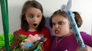 Download Snake In Easter Basket Attacks Spatula Girl ″Toy Freaks Victoria Annabelle″ Video
