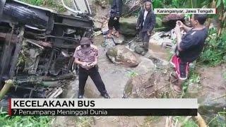 Download Bus Masuk Jurang, 6 Orang Tewas Video