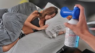 Download AIRHORN PRANK ON SLEEPING GIRLFRIEND! Video
