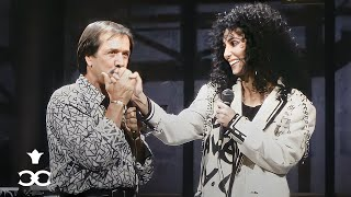 Download Sonny & Cher reunite for the last time to sing 'I Got You Babe' on Letterman (1987) Video