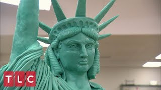 Download Buddy Makes a Statue of Liberty Cake | Cake Boss Video