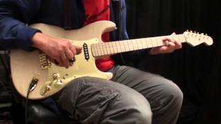 Download First Soundcheck: Dire Straits licks on a 'Tunnel of Love' Schecter Strat clone Video