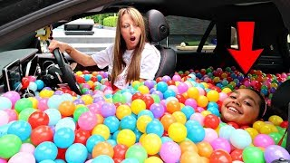 Download BALL PIT PRANK IN MY MOM'S CAR!! Video
