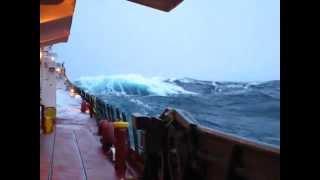 Download Heavy Seas on Lake Superior Video