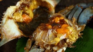 Download Ganjang-gejang (Raw crabs marinated in soy sauce: 간장게장) Video
