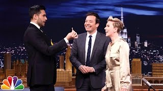 Download Scarlett Johansson Gets a Special Magic Trick from Dan White Video