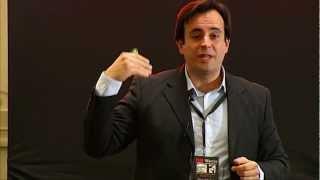Download El optimismo como motor del cambio positivo: Oscar Sanchez at TEDxMurcia Video