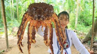 Download Yummy cooking 250$ GIANT King Crab recipe - Cooking skill Video