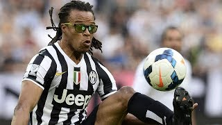 Download Why did Davids wear glasses while playing on the pitch? Video