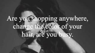 Download Amy Winehouse- Valerie Lyrics Video