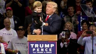 Download Parents Or Donald Trump? Little Kid At Trump Rally Chooses To Stay With Trump - FNN Video