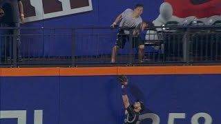 Download COL@NYM: Fan interference nullifies Flores' home run Video