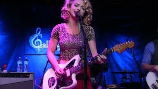 Download ''SOMEBODY'S ALWAYS TRYING'' - SAMANTHA FISH BAND w/ Horns @ Callahan's, May 2017 Video