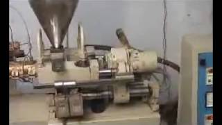 Download mini plastic injection moulding machine Video