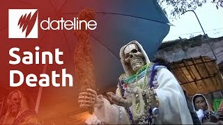 Download The Mexican people worshipping the Saint of Death Video