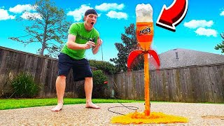 Download MAKING A SODA ROCKET LAUNCHER! EXPLODING BOTTLE! Video