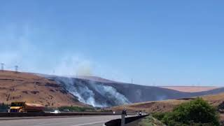 Download Substation fire burns west of the Deschutes River, near the Columbia Video