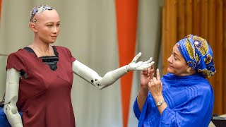Download 'Sophia' the robot tells UN: 'I am here to help humanity create the future' Video