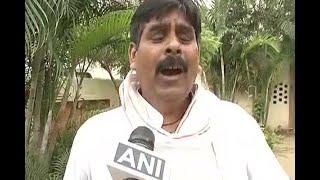 Download RJD leader Sanoj Yadav accuses Lalu's son Tej Pratap Yadav of death threatening Video