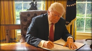 Download TRUMP HAS SPECIAL 'RED BUTTON' IN OVAL OFFICE THAT HE USES A LOT - HERE'S WHAT IT DOES Video