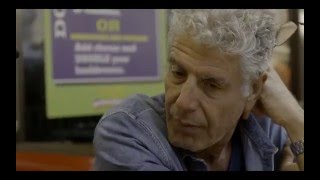 Download Anthony Bourdain tries the Waffle House Video