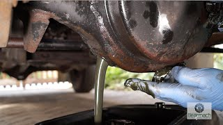 Download Replacing diff and transfer box oils - The Fine Art of Land Rover Maintenance Video