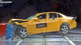 Download NEW Mercedes Safety Center - 2017 E-Class CRASH TEST Video