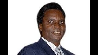 Download 1990 umunyamakuru yabajije Pdt Habyalimana niba imyaka 19 idahagije. Umva igisubizo Video