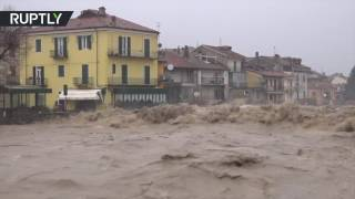 Download Heavy floods wreak havoc in Piedmont, residents attempt to veer the water away Video