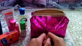 Download حقيبه الاستعجالات 👛اللي لازم تكون عند اي وحدة /واش راني دايرة فيها؟!💅💄 Video