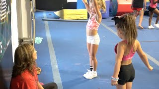 Download Cheer Extreme Dazzling Daisies 2016 Video