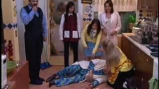 Download Una Familia de Diez Cap 01(2/3) Video