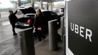 Download New York City approves cap on Uber, Lyft Video