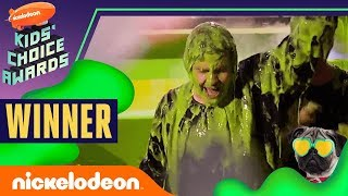 Download David Dobrik Gets Slimed, Hugs Josh Peck, & Wins ″Favorite Social Star″ | 2019 Kids' Choice Awards Video