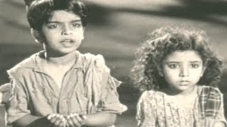 Download Amma Roti De Baba Roti De - Lata Mangeshkar, Sansar Song Video
