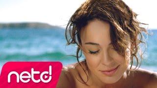 Download Ziynet Sali - Bugün Adım Leyla Video