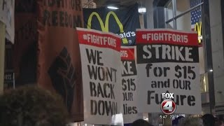 Download Fight for $15 wage Video