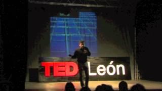 Download De la Sociedad de la Información a la Innovación Social: Paco Prieto at TEDxLeón Video