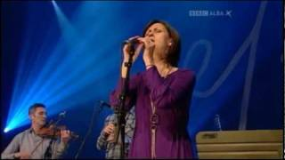 Download ″My Father Sent Me to the House of Sorrow″ - Karen Matheson & Capercaillie Video
