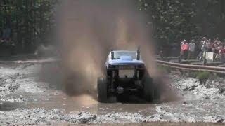 Download Экстремальные гонки по бездорожью - этап грязь Video