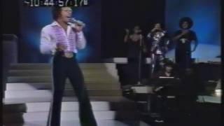 Download Tom Jones sings - ″Rock n Roll Medley″ - Live 1974 Video
