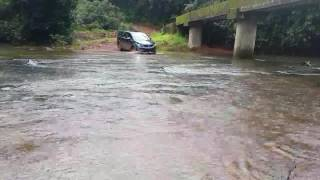 Download Tata Hexa off roading river crossing Video