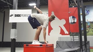 Download Freeze Frame Football Battle | Dude Perfect Video