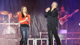 Download Travis Tritt Sings with his daughter at the North GA Fair Video