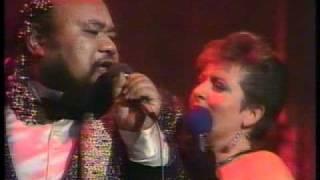Download Dalvanius - Everybody Needs Somebody To Love - live TV 1986 Video