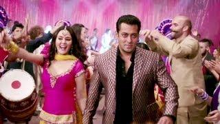 Download Kudiye Di Kurti Full Video Song Ishkq In Paris | Salman Khan, Preity Zinta, Rhehan Malliek Video